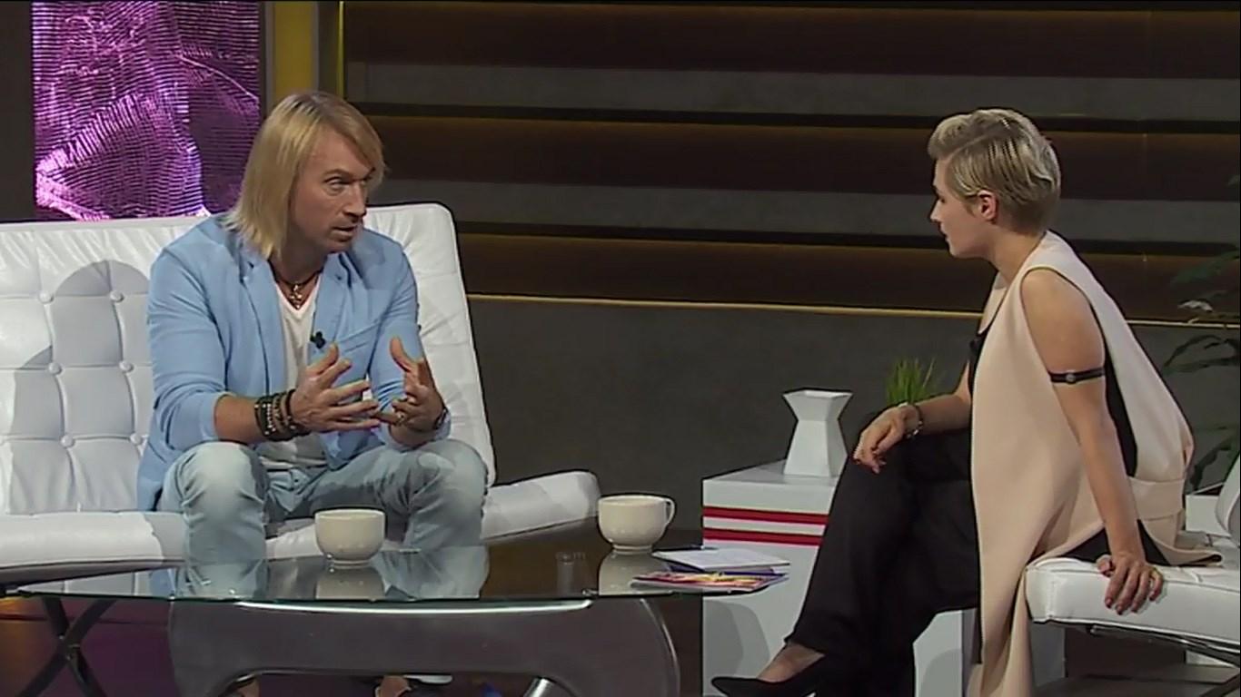 Олег Винник стал первым гостем развлекательного шоу