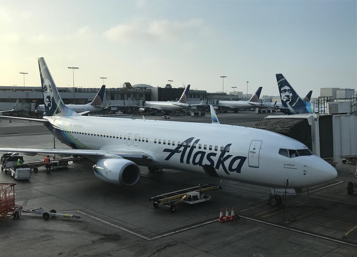 Самолет компании Alaska Airlines