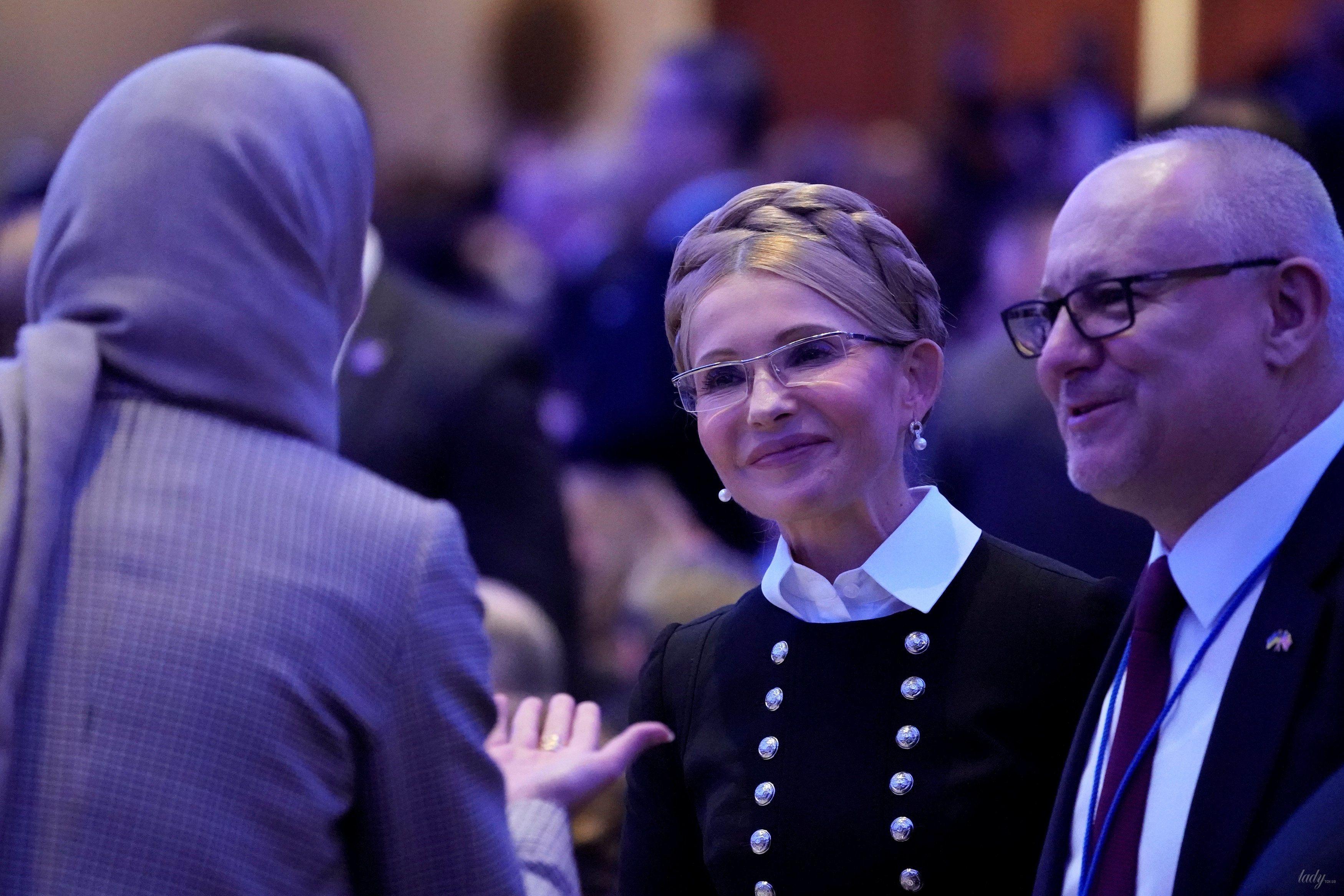 Юлия Тимошенко выбрала деловой образ