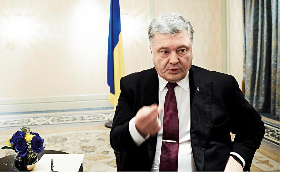 Петр Порошенко заявил, что не хочет влиять на миграционное ведомство в вопросе Саакашвили. Фото:   Philipp Horak