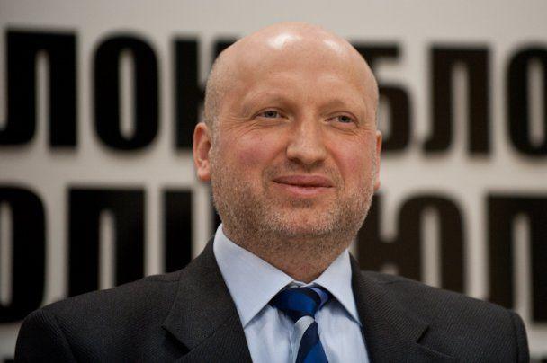 Александр Турчинов сообщил, что СНБО рассмотрит введение санкций против телеканалов, когда получит постановление Рады с рекомендацией это сделать
