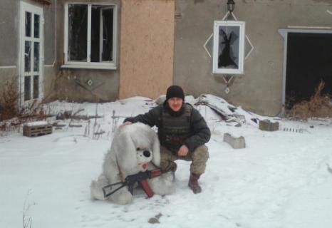 Под Мариуполем, в частности, погиб Валерий Литвиненко