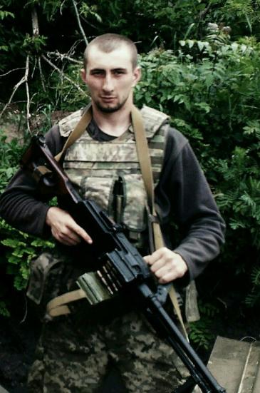 Под Мариуполем, в частности, погиб Артем Жовтобрюх