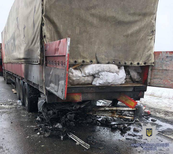 Жуткая авария на Харьковщине, есть погибшие и пострадавший, фото с места трагедии