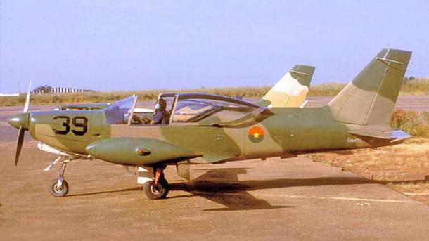Самолет SF-260D разбился во время учебных полетов.