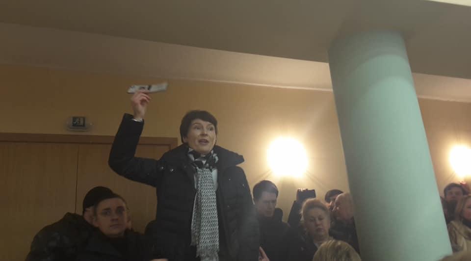 На заседании Киевсовета произошел конфликт Фото: Facebook/Ольга Червакова