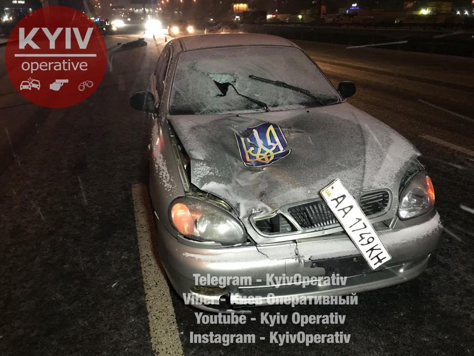 Жуткая гибель пешехода в Киеве: мужчина пытался перейти дорогу с 8 полосами, фото, видео