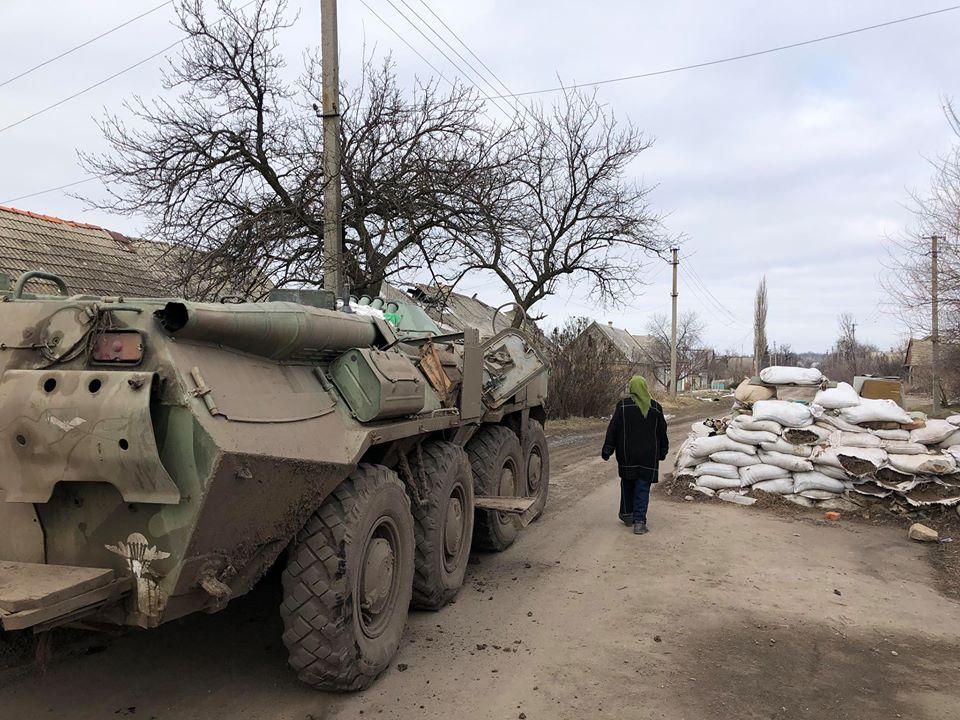 Донбасс, война, фронт, жители, Верхнеторецкое