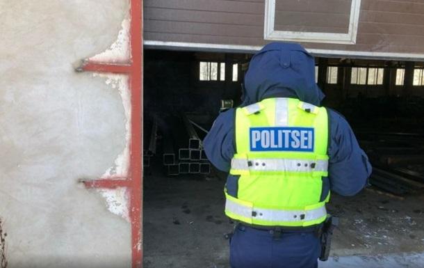 Эстонский полицейский на предприятии, где погиб украинец.
