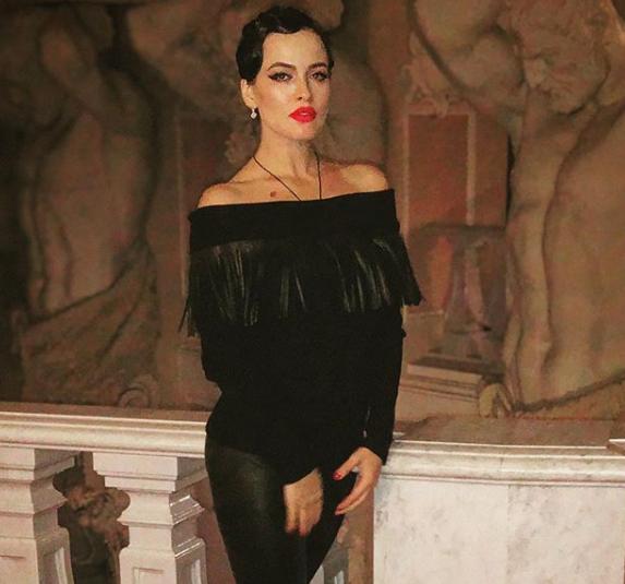 Даша Астафьева порадовала поклонников новым фото
