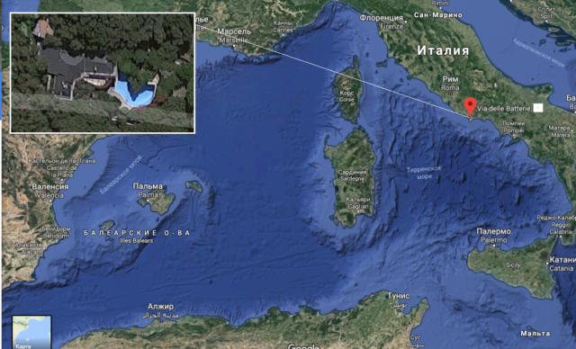 Google Maps за цією адресою показує будинок з басейном: