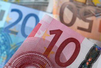 НБУ ощутимо укрепил гривну к евро