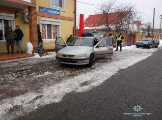 На Киевщине злоумышленники пытались ограбить АЗС