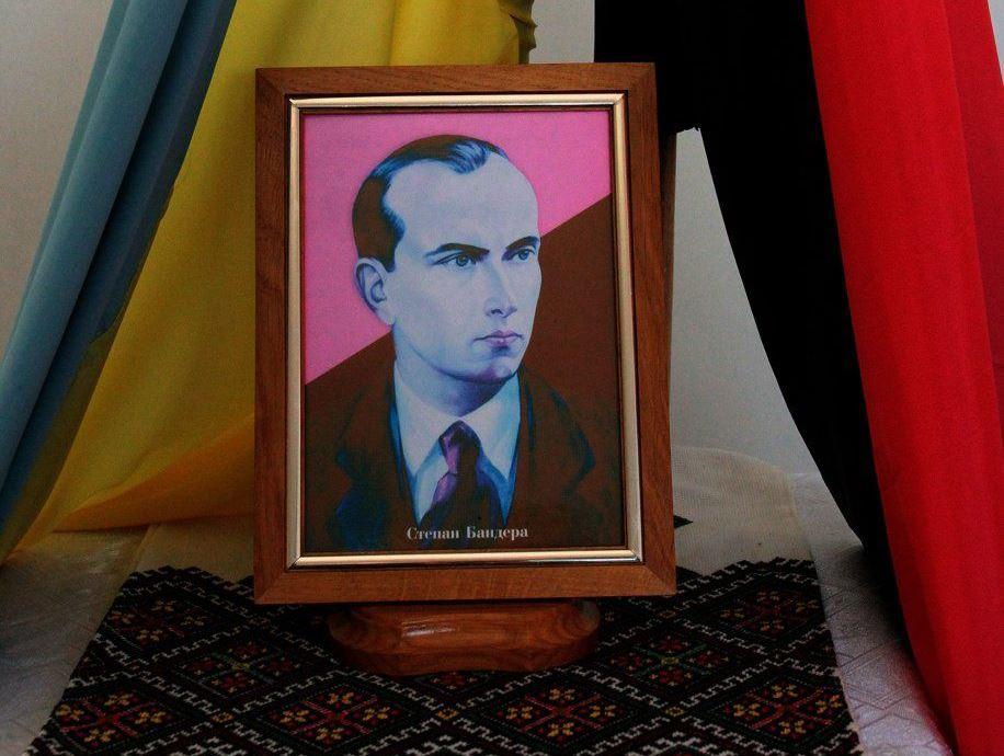 В Житомире решили сменить Маркса на Бандеру