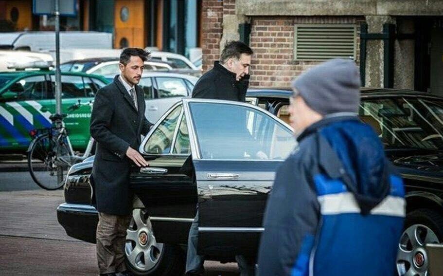 Михеил Саакашвили ездил в Нидерландах на Bentley