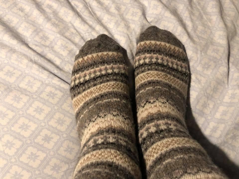Носки помогают достигать оргазма.