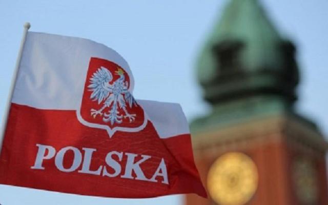 В Польше приняли решение выслать дипломатов РФ