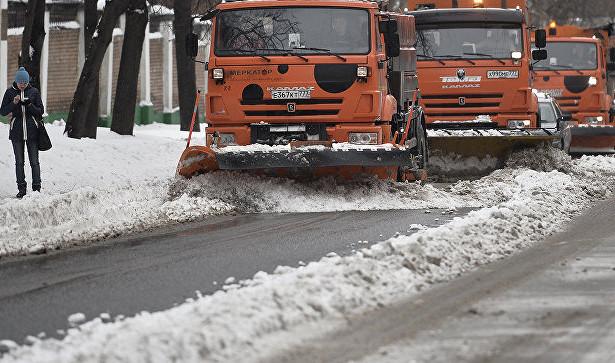 Под Москвой автобус с украинцами столкнулся со снегоуборочной машиной