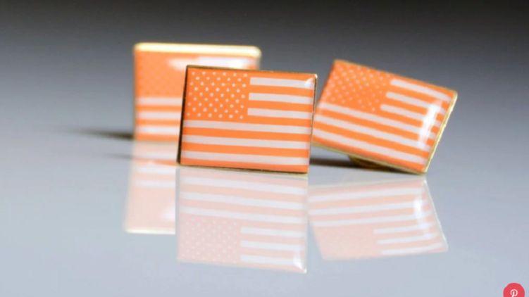 Оранжевые значки привлекут внимание к проблеме правильного обращения с оружием в США
