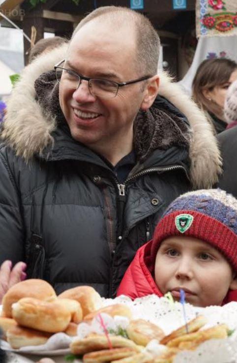 Губернатор Максим Степанов с сыном