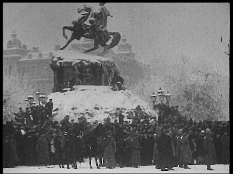 Фильмы, снятые Моги в Советском Союзе, считались утраченными