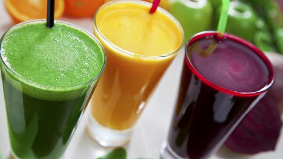 Ульяна Супрун сообщила, что если смешать молочную сыворотку с соком — получится безопасный энергетик