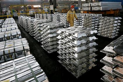 В США намерены ввести пошлины на ввоз в страну стали и алюминия
