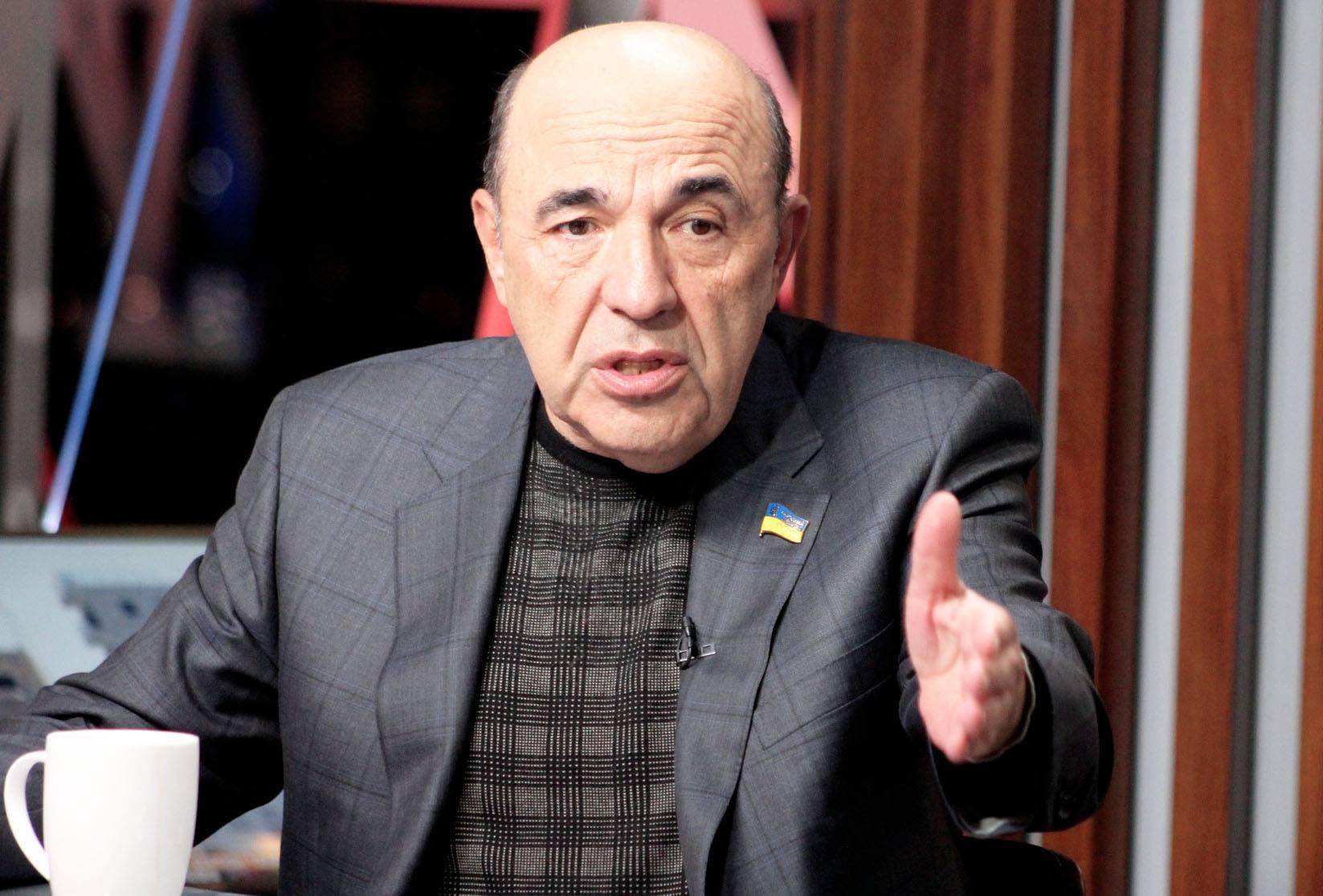 Нынешняя власть катастрофически не справляется с экономикой,  уверен Вадим Рабинович