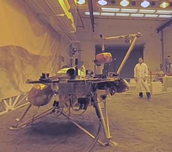 Робот, которого испытывали сотрудники NASA, похож на небольшой кран