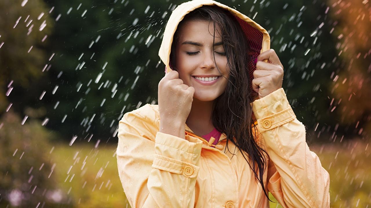 Погода в Киеве и Украине сегодня обещает холодный душ