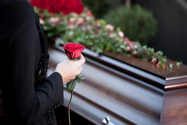 В суде развенчали мифы о новых правилах захоронения
