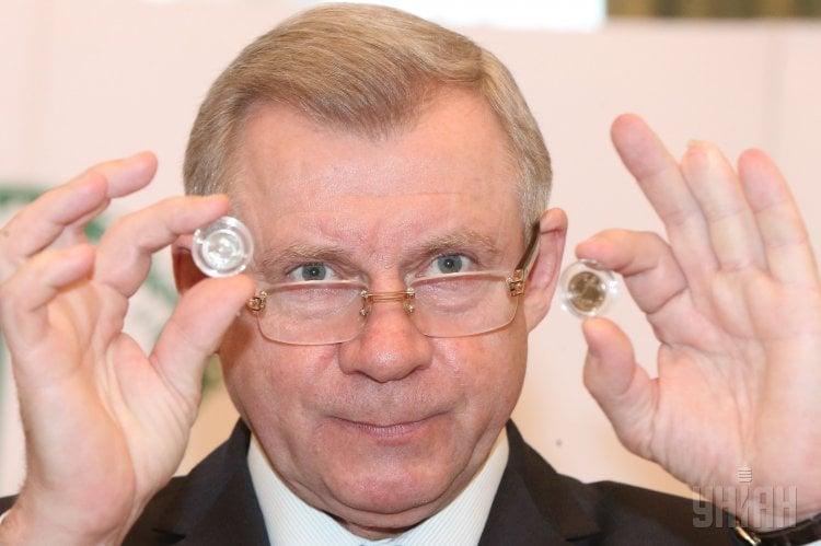 Якову Смолию предстоит заняться реформой банковского сектора, отметил президент