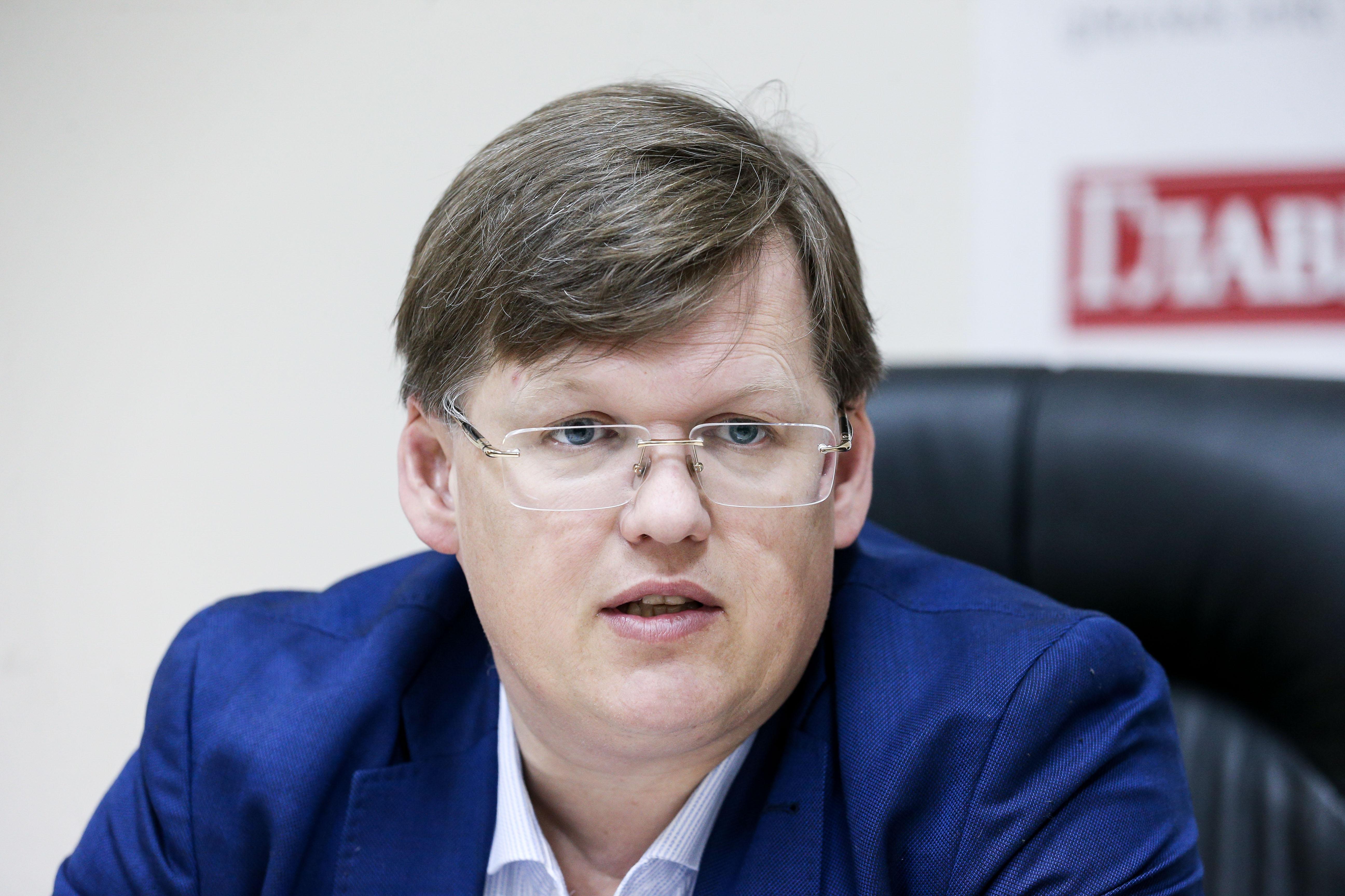 Павел Розенко женится на Кристине Лебедь