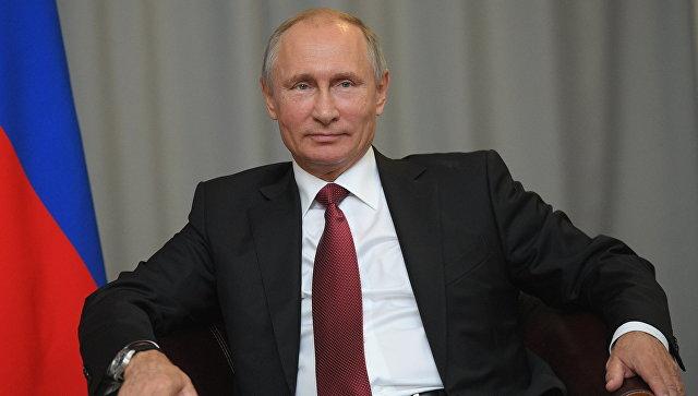 Владимир Путин утверждает, что узнал об отравлении Сергея и Юлии Скрипалей из СМИ