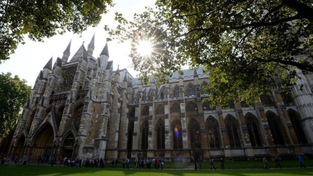 Прах Стивена Хокинга найдет последнее пристанище в Вестминтерском аббатстве