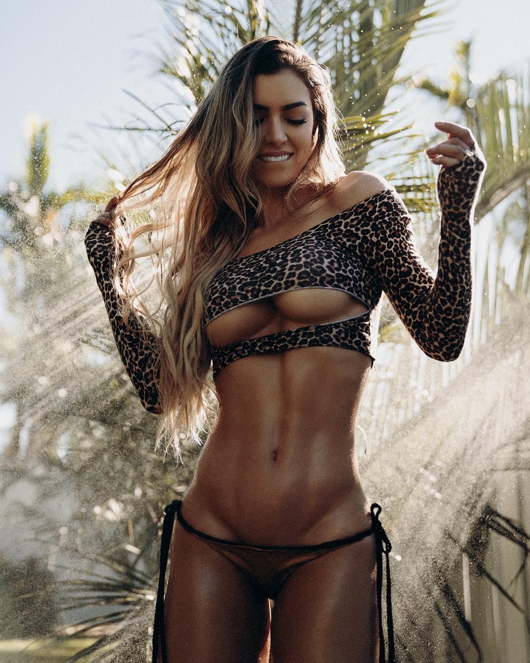 Девушка фитнес модель кастинги в спб 2015