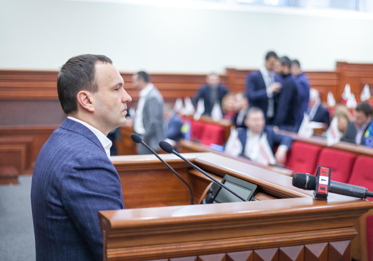 Модернизацию столичных теплосетей финансировать будут не только из бюджета, заявил Петр Пантелеев.