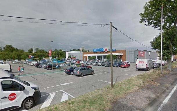Захваченный супермаркет
