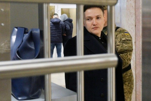 РФ использует Надежду Савченко, считает генерал-разведчик