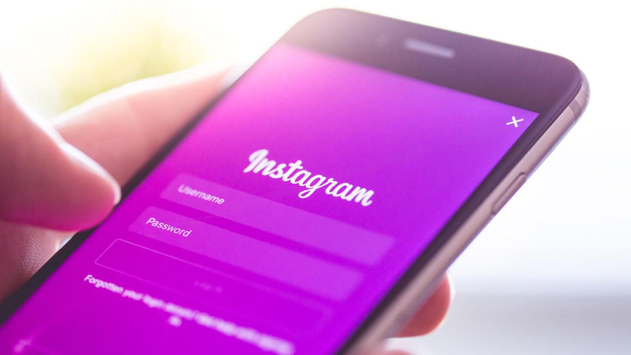 Психолог предупредил об опасности Instagram для девушек.