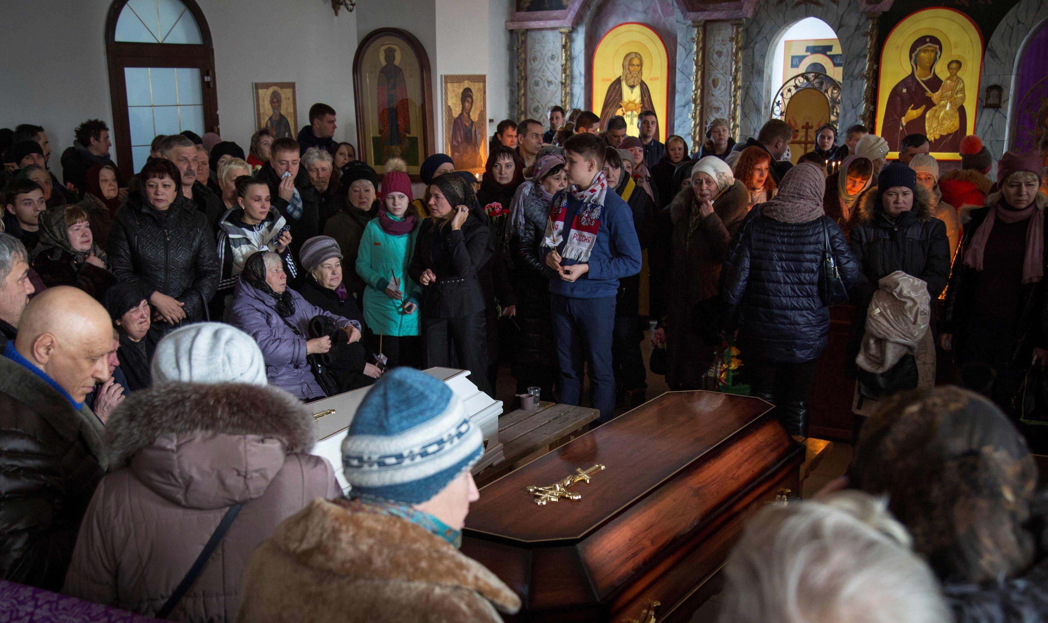 В Кемерово прощаются с жертвами пожара в ТЦ