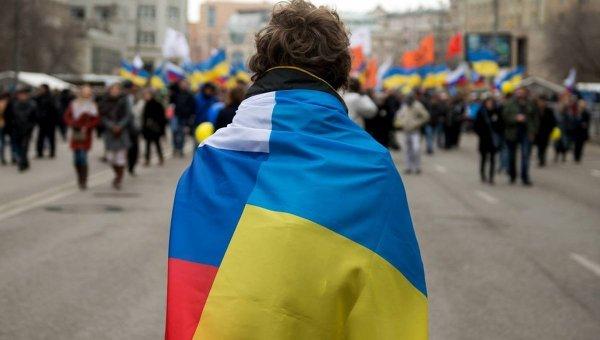 В Питере задержали активистов из-за флага Украины.