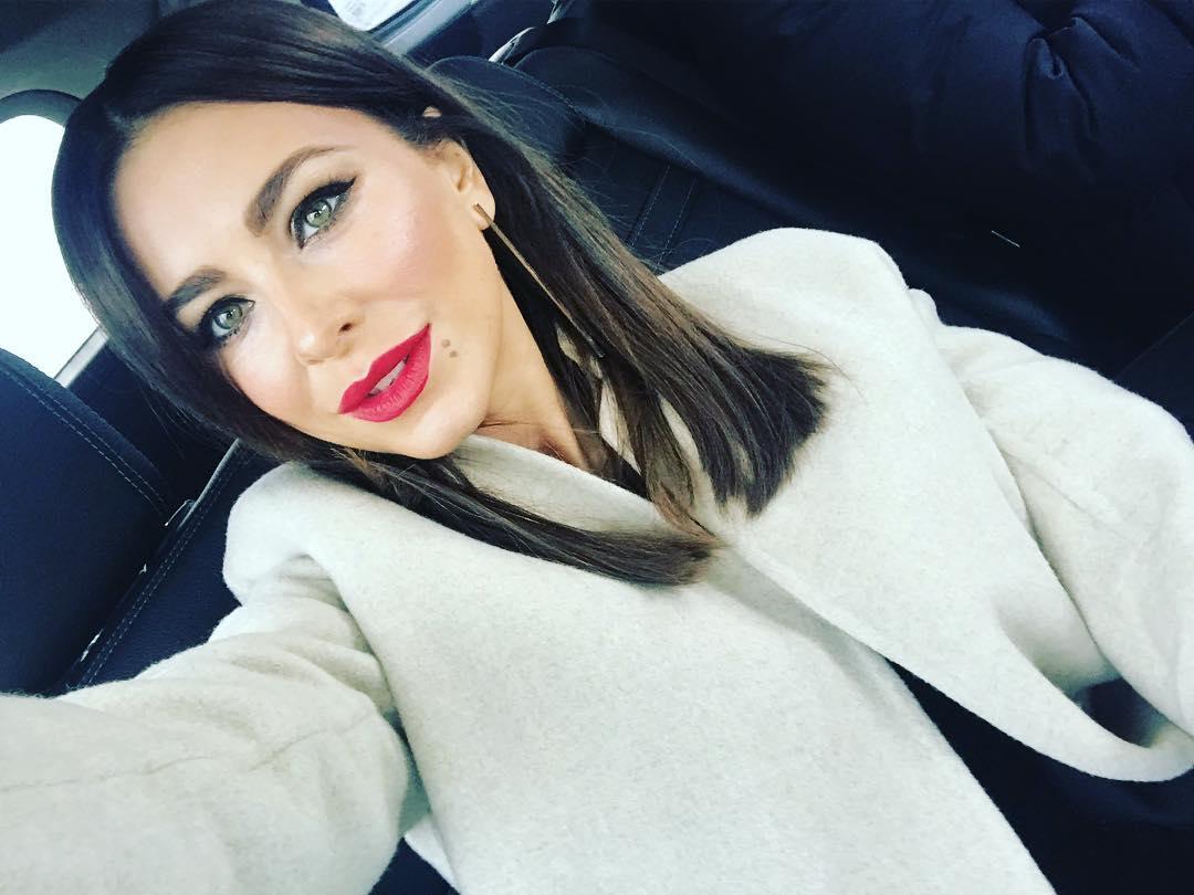 Фанаты обвинили Ани Лорак в плагиате образов и идей коллег