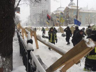 Зачистка палаточного городка у Рады