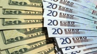 Валюта долари євро