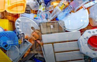 Почему нельзя выкидывать мусор вечером-ночью и когда именно выносить мусор