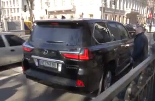 Журналисты рассказали об элитном автопарке нардепов