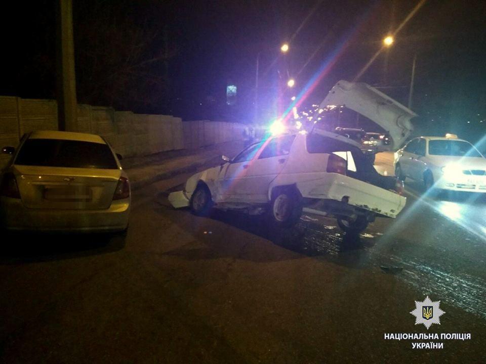 В Харькове в результате масштабной ДТП погибли два человека