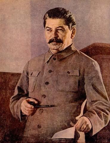 Китель Тимошенко похож на форму Сталина