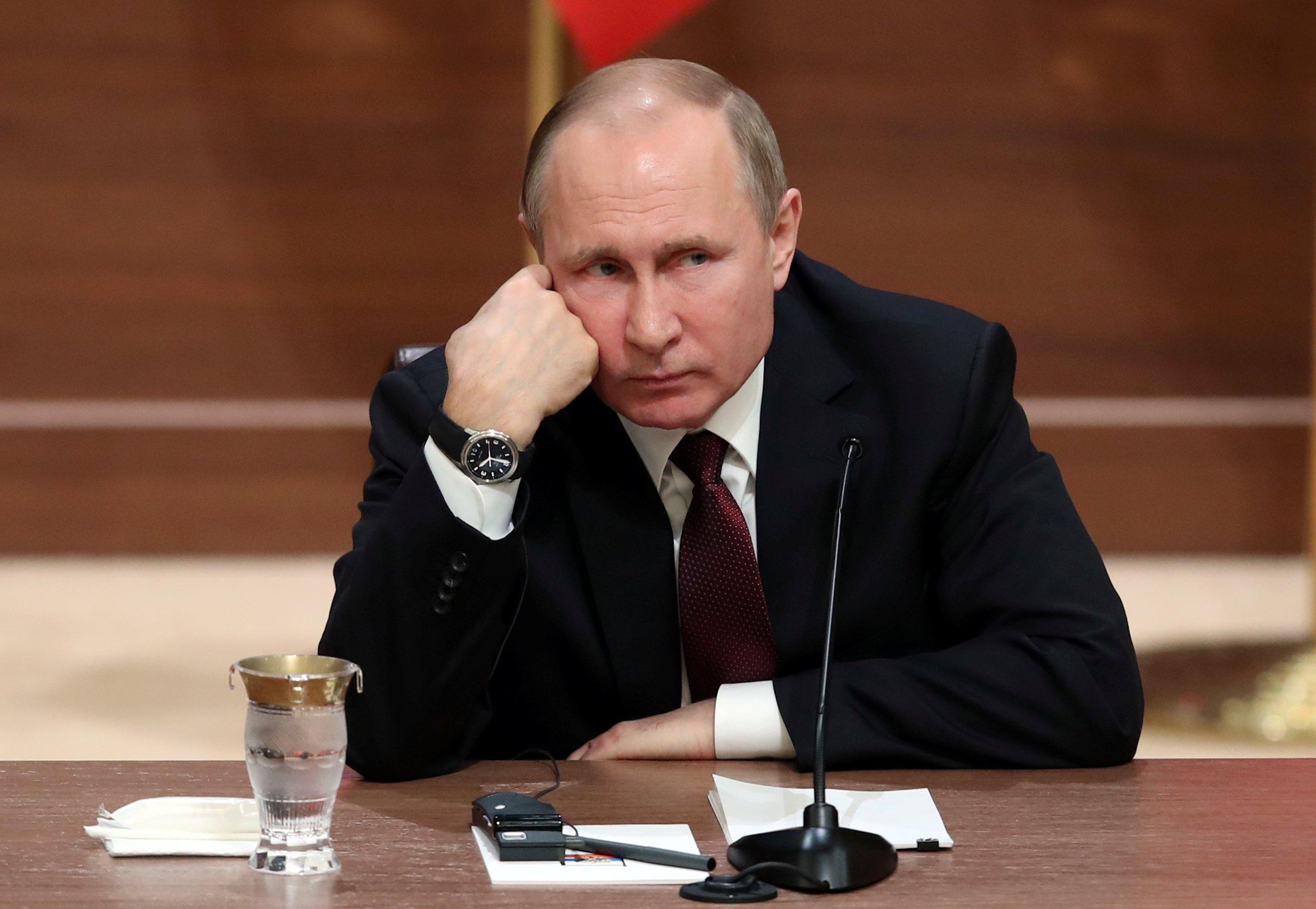 Бунт олигархов в РФ, даже если он произойдет, вряд ли заставит Владимира Путина поменять поведение, полагает эксперт